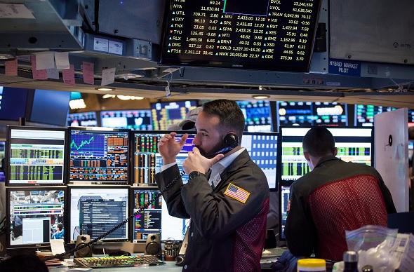 Wall Street cierra jornada ganancias y Dow Jones sube