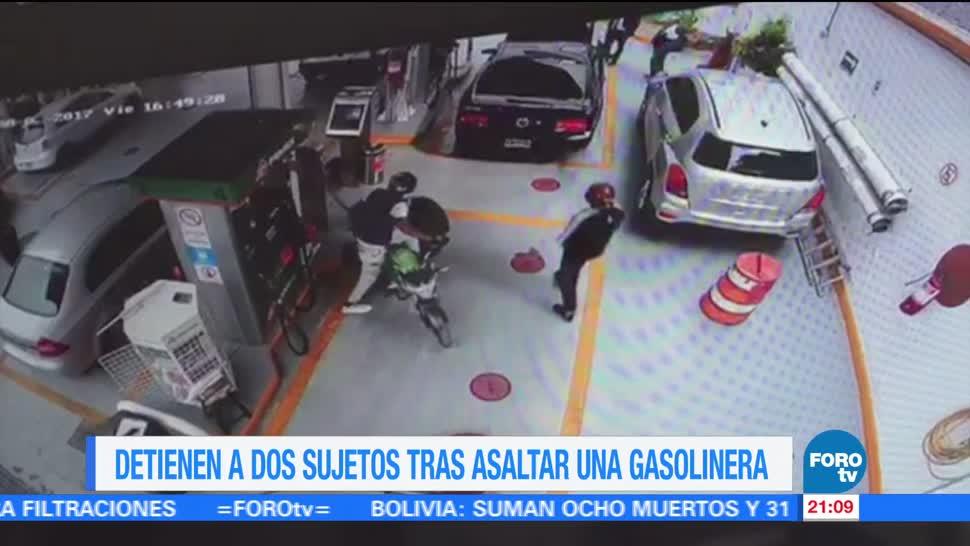 Detienen a dos sujetos tras asaltar una gasolinera en la CDMX