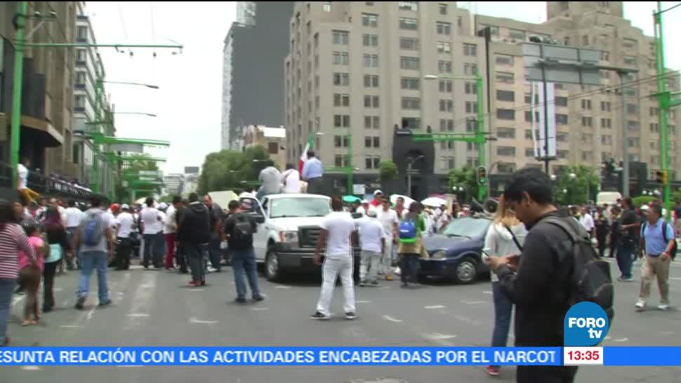 Comerciantes marchan en Ciudad de México