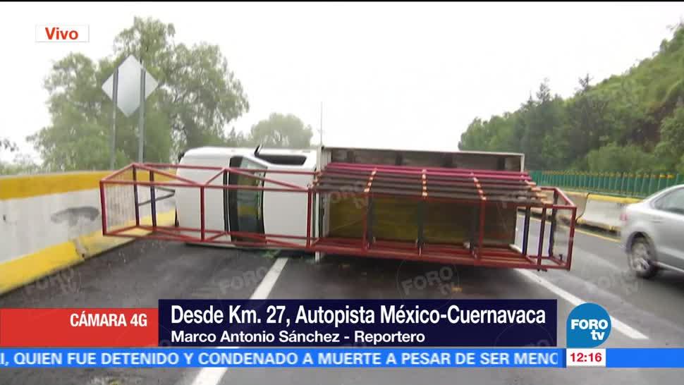Vuelca, camión, carga, autopista