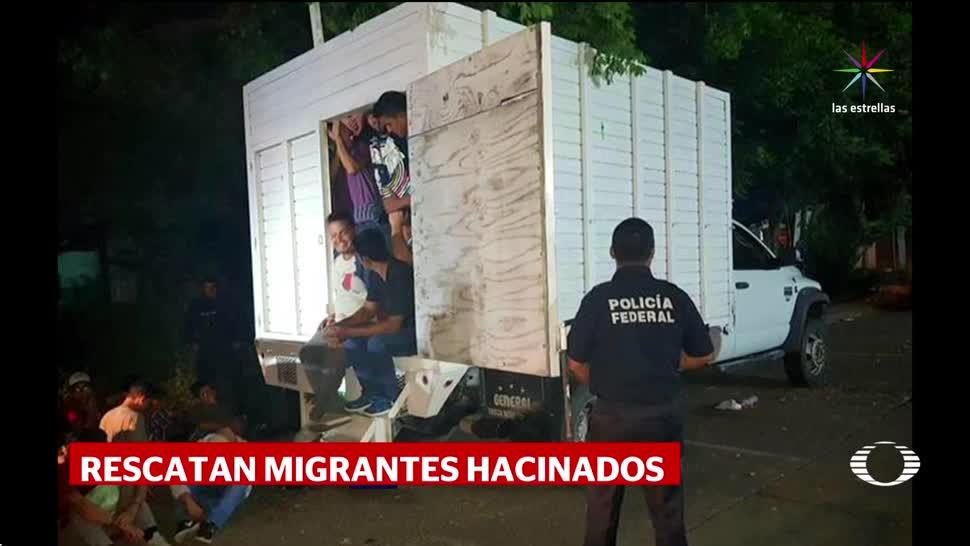 Rescatan a 43 migrantes en camión de Veracruz