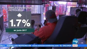 Plazas ocupadas sector petrolero aumentan junio