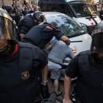 Gobierno español da por desarticulada célula terrorista pero el catalán no