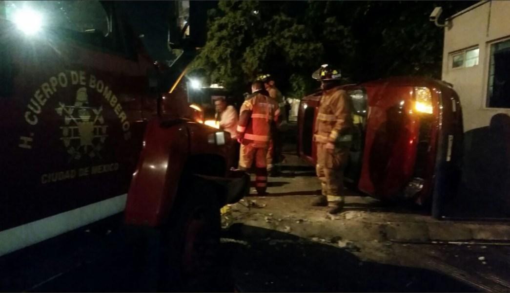 Jovenes borrachos chocan auto en culhuacan