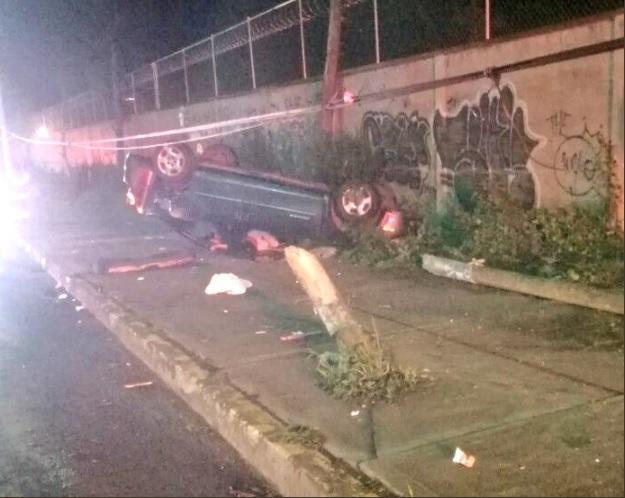 volcadura deja dos muertos y 5 lesionados en chalco