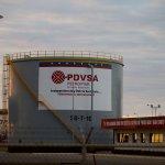 Trump prohíbe negociaciones de deuda con Venezuela y su petrolera PDVSA