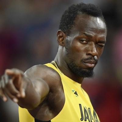 Ofrecen a Usain Bolt hamburguesas y cerveza para integrarse al futbol