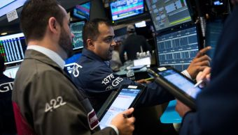 Wall Street cierra mixto y Dow Jones avanza
