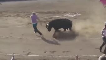 Video, Activista, Ruedo, Lo embiste un toro