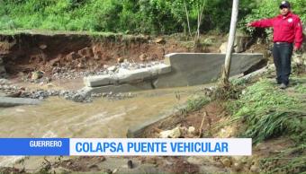 Colapsa puente en Acatepec, Guerrero, por lluvias