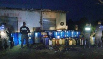 Detienen a 17 por compra y venta de combustible en Michoacán