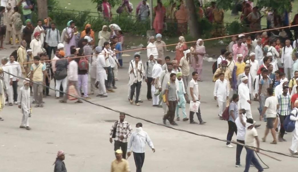 Disturbios en India tras condena de gurú dejan 13 muertos