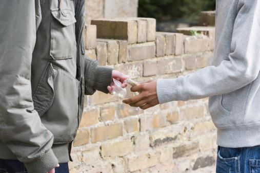 Duplica México consumo drogas entre adolescentes