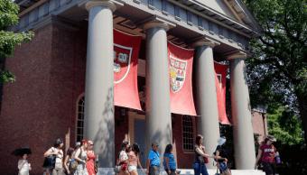 Edificio de admisiones de la Universidad de Harvard