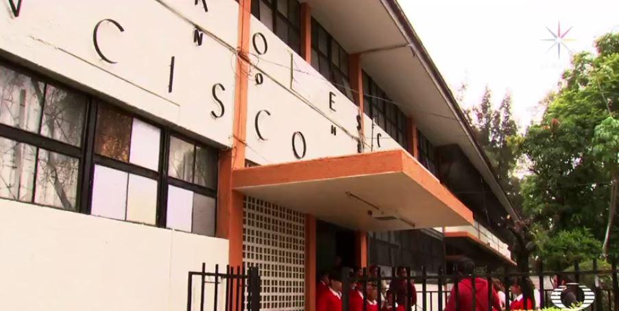 Educacción beneficia a primaria de Guadalajara con un aula de medios