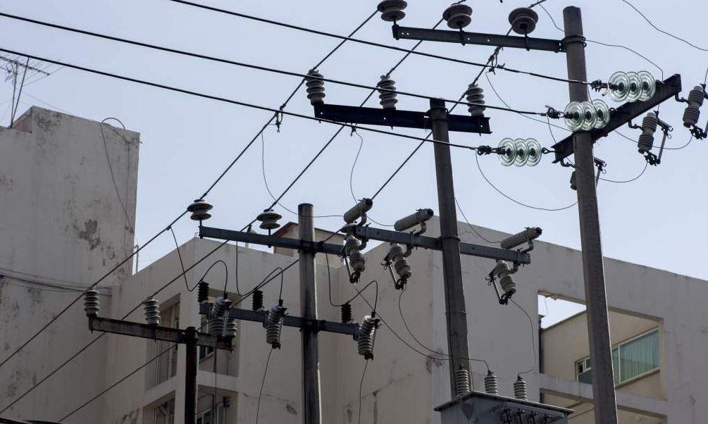 CFE restablece suministro eléctrico en zonas afectadas por 'Franklin'