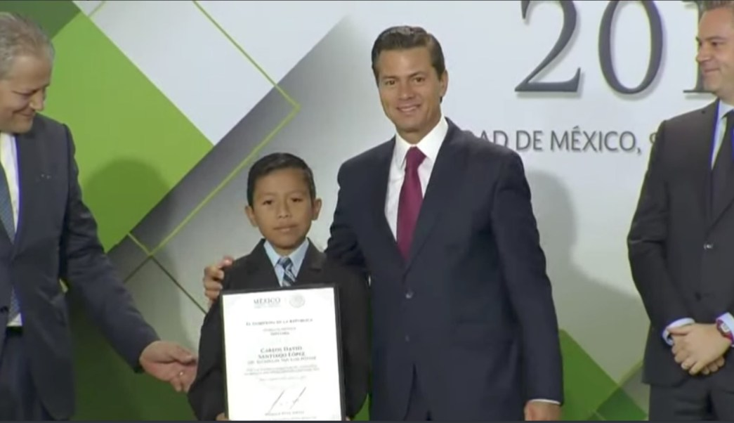 Epn recibe a niños de la olimpiada del conocimiento