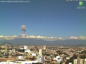 Exhalación del volcán Popocatépetl el 21 de agosto