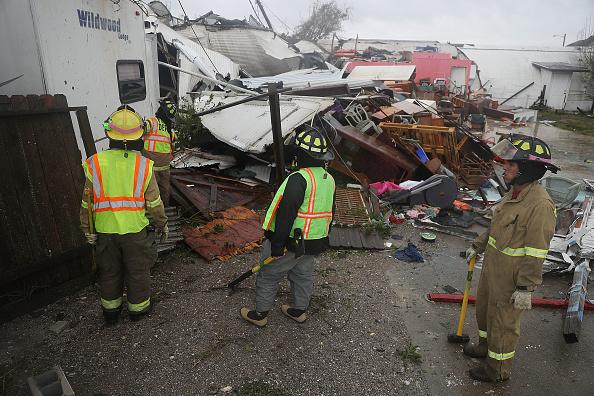 Huracán 'Harvey' causa al menos un muerto a su paso por Texas