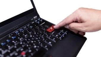varias personas son vicitmas de fraude en redes sociales