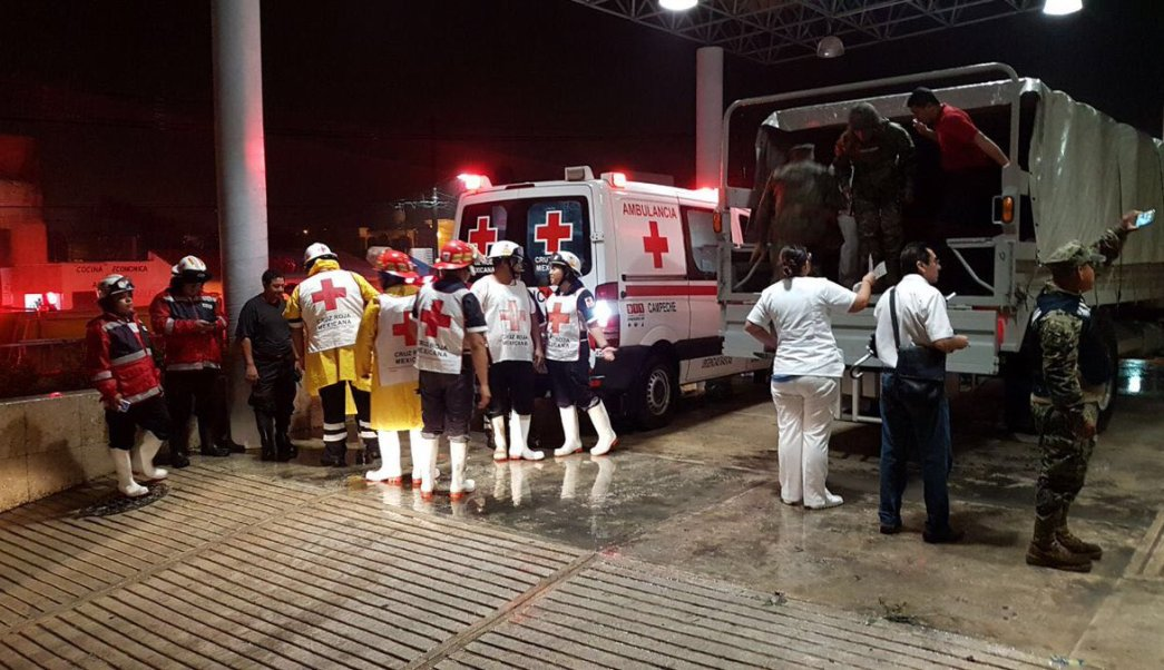 trasladan 31 pacientes hospital campeche franklin