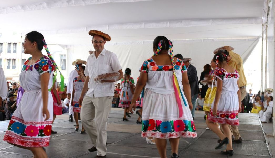 Hidalgo realiza edición del Festival Nacional Huapango