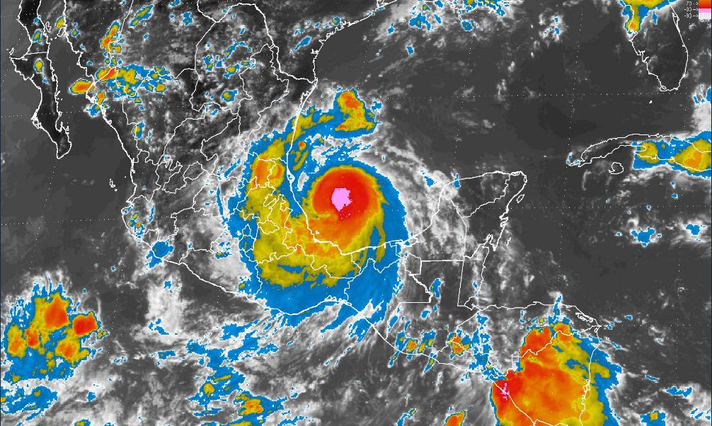 Veracruz alerta roja por huracán Franklin