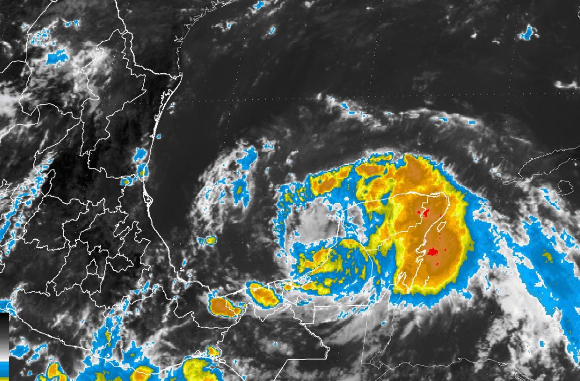 Imagen satelital de la trayectoria de la tormenta tropical Franklin