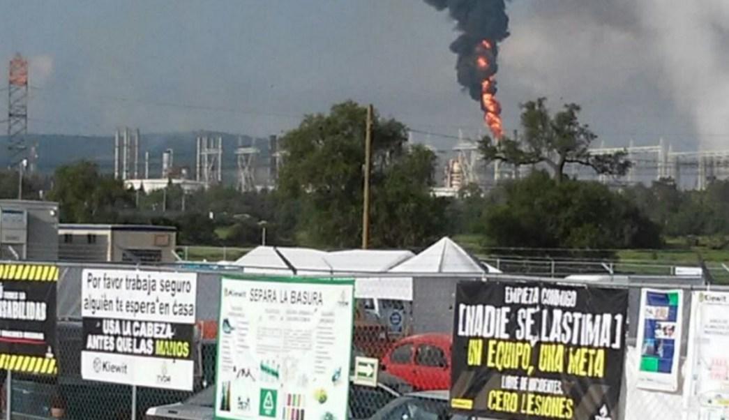 Controlan incendio en refinería de Tula Hidalgo