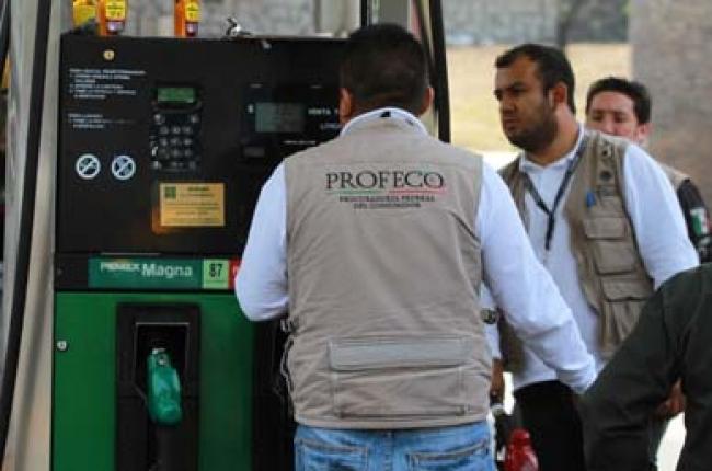 Por abusos, Profeco multa con 133 mdp a gasolineras