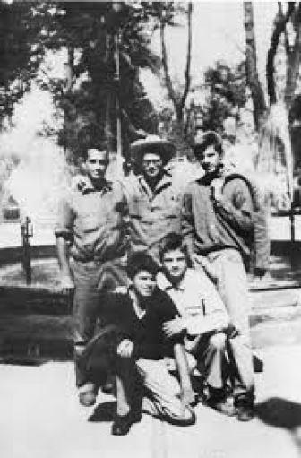 Jack Kerouac, Allen Ginsberg, Peter Orlovsky, Lafcadio Orlovsky, Gregory Corso, Colonia Roma