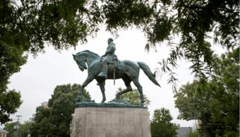 La estatua del general confederado Robert. E. Lee