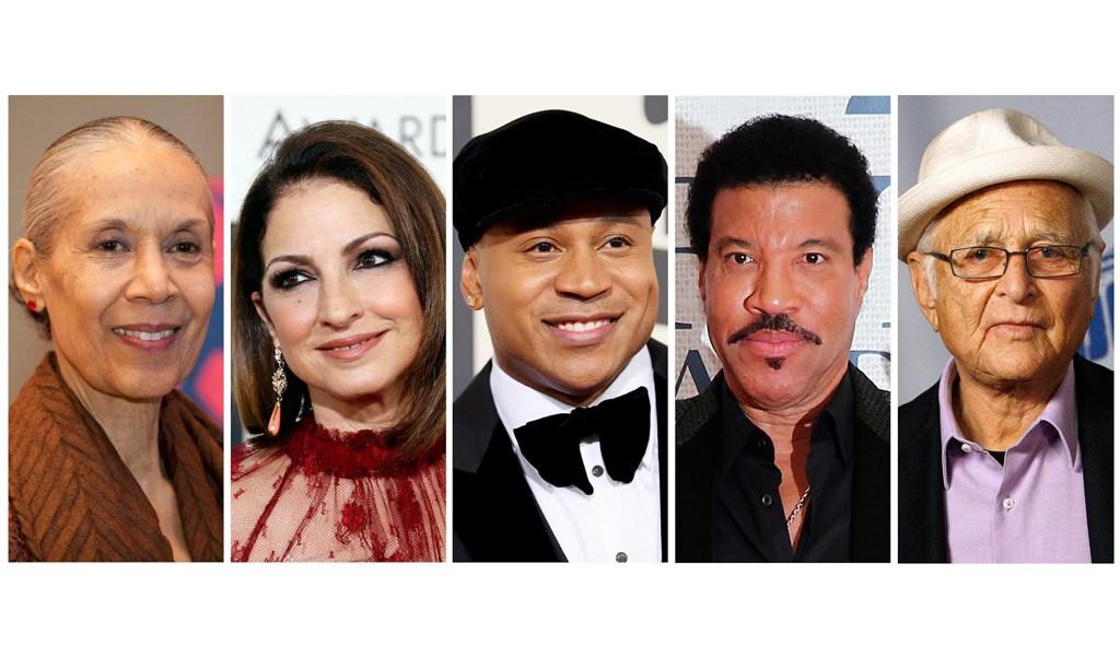 Lionel Richie y Gloria Estefan recibirán premio del Centro Kennedy. (Reuters)