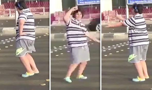 Arrestan a joven saudita por bailar 'La Macarena' en la calle