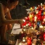 Mujer encuentra a madre y hermana por video de masacre en Barcelona