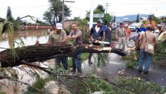 Lluvias dejan un muerto y cuatro desaparecidos en Michoacán
