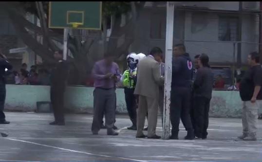 policias investigan asesinato en iztacalco