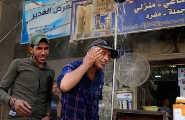 Ola de calor agobia a Irak; temperaturas superan los 49 grados