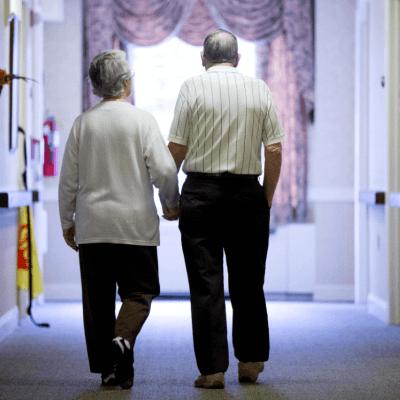 Nuevo descubrimiento puede ayudar a revertir pérdida de memoria por Alzheimer