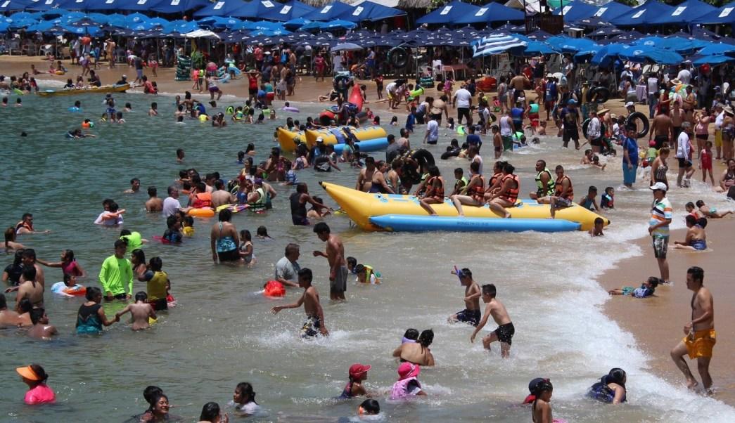 Reabren el puerto de Acapulco a la navegación
