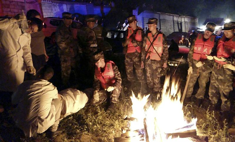 Ascienden 19 muertos sismo Sichuan China