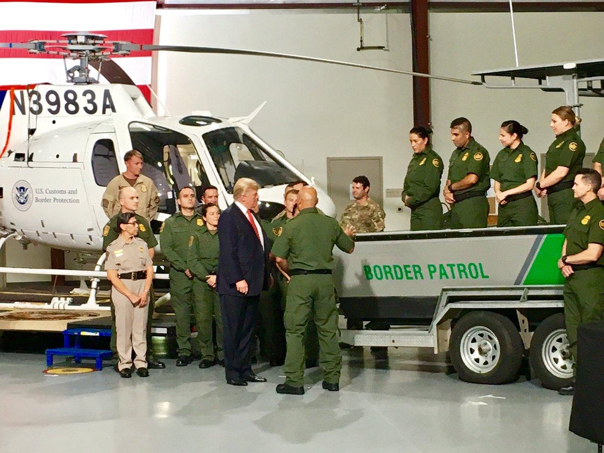 Trump visitará este martes una zona de la frontera