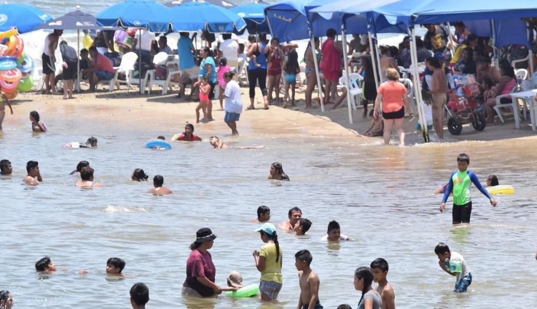 Emiten alerta por alto oleaje en costas de Guerrero
