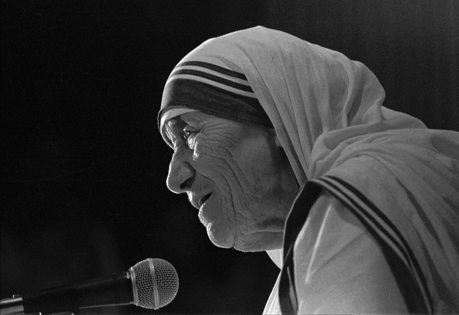 Madre Teresa de Calcuta, Historia, Que hizo
