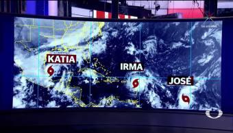 Tres huracanes amenazan en el Atlántico