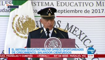 Servicio educativo militar ofrece oportunidades de crecimiento: Salvador Cienfuegos