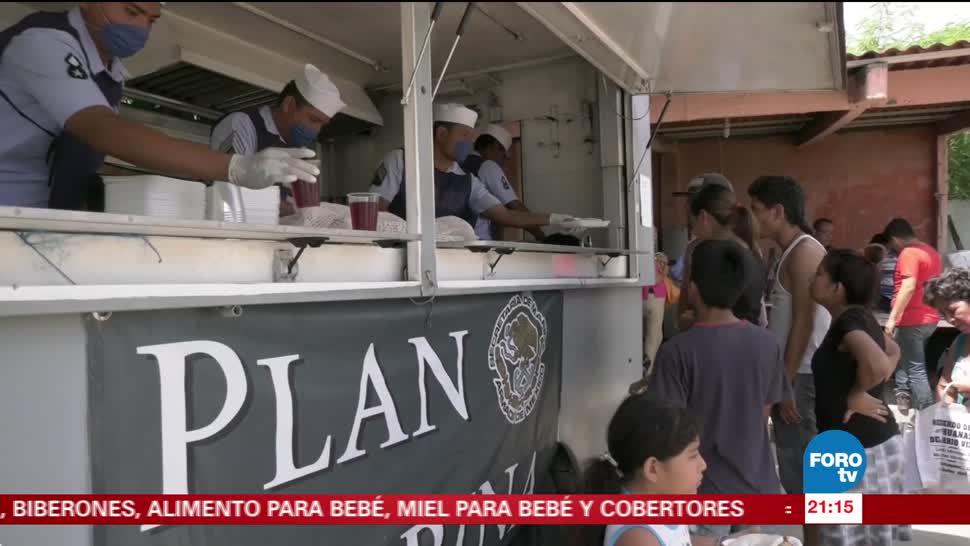 Marinos apoyan a damnificados del sismo en Oaxaca