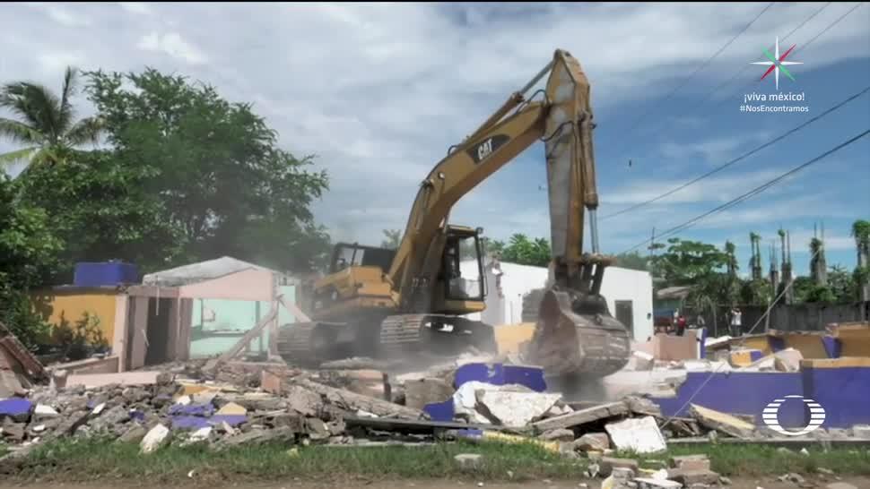 Inicia la demolición en Tonalá tra sismo
