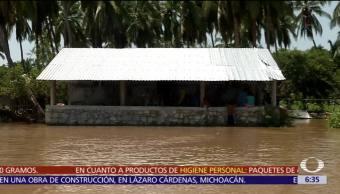 Suman 4 mil casas afectadas en Guerrero tras paso del huracán 'Max'