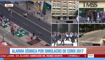 Trabajadores de Televisa participan en el simulacro de sismo en la CDMX